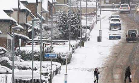 Snow in Harthill, Scotland
