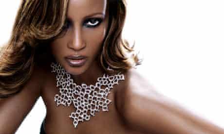 Iman wearing a De Beers necklace.