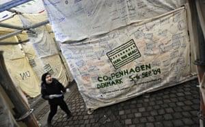 Copenhagen Diary: COP15 UN Climate Change Summit, the Climate Maze in Kongens Nytorv