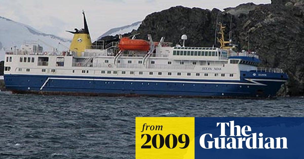 Antarctic Cruise Ship Runs Aground Antarctica The Guardian