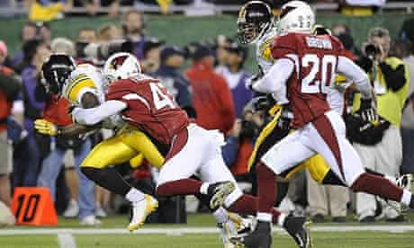 The Pittsburgh Steelers and the Arizona Cardinals in action during Superbown XLIII