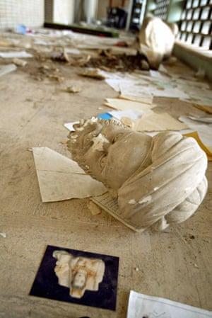 Baghdad museum : a beheaded sculpture inIraq's national  museum