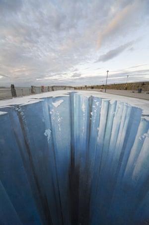 3D street art: The Crevasse