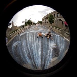 3D Street Art: Flash Flood