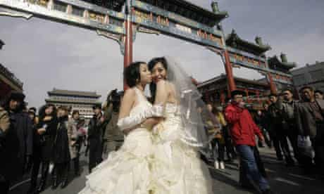Lesbians pose for wedding photos in Beijing