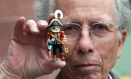 Hans Beck, the inventor of Playmobil figurines.