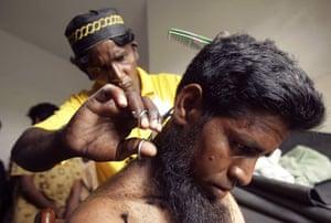 Gallery Rohingya refugees: Rohingya refugee haircut