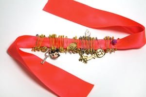Gallery How to make: Jade Jagger bracelet