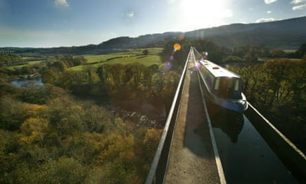 The best family holidays for under £500: the Llangollen canal