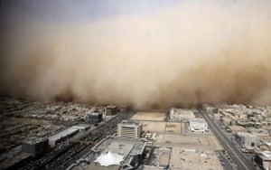 Gulf sandstorm: A dust cloud envelopes the Saudi capital Riyadh on 10 March 2009.
