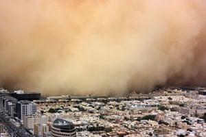 Gulf sandstorm: A huge sand storm engulfs the Saudi capital of Riyadh, Saudi Arabia