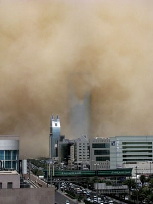 Gulf sandstorm: A huge sand storm engulfs the Saudi capital of Riyadh, Saudi Arabia.