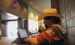 Gaping Void blogger Hugh MacLeod at SXSWi 2009
