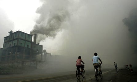 China cyclists factory pollution
