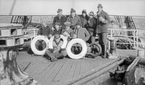 Alan Villiers: The crew of the Herzogin Cecilie 1927 Alan Villiers