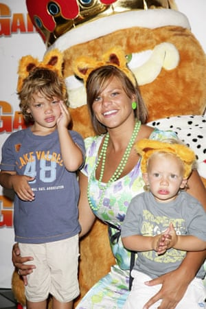 Jady Goody obit: Jade Goody with son at Garfield 2: A Tail Of Two Kitties
