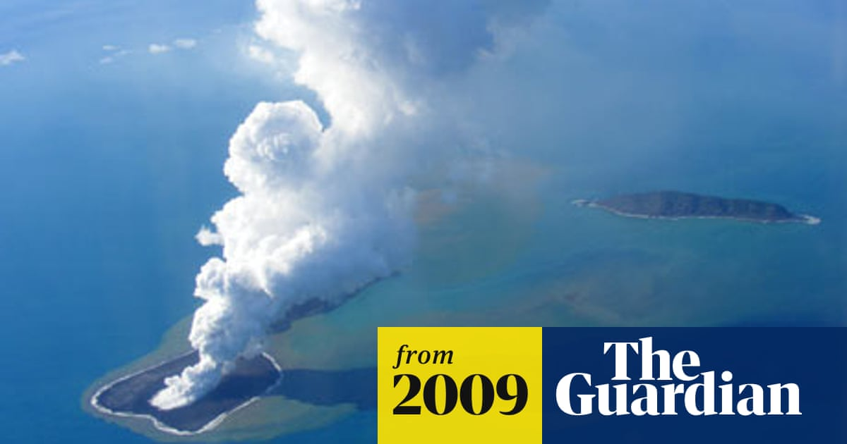 Underwater volcano creates new island off Tonga | Tonga | The Guardian