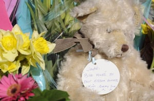 Jade Goody : Flowers and a teddy bear   outside the house of Jade Goody