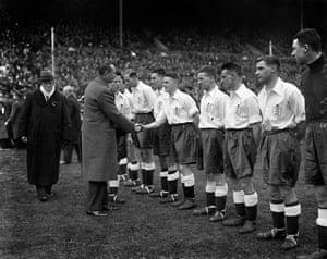 England Kits: Samuel Crooks England 1932