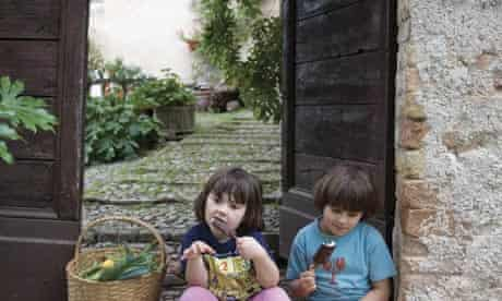 Alastair Sawday's new book 'Go Slow Italy' recommends Imandorli in Agriturismo, Italy, to relax
