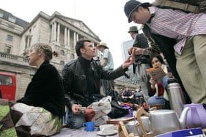 g20 preview: G20 protesters gather to have a cup of tea in front of the Bank of England