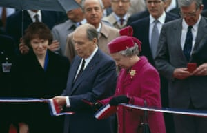 Eurotunnel : opening of the channel tunnel in 1994