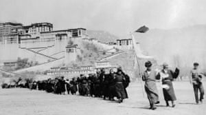 Tibetan uprising: 9 May 1959: Tibetan rebels file out of the Potala Palace to surrender