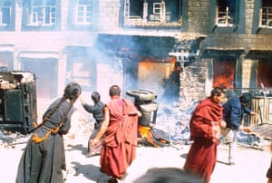 Tibetan uprising: 15 June 1987: Tibetan monks and supporters attack a Chinese police station