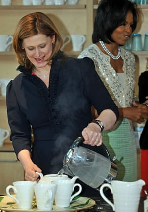 Obama goes to downing st: sarah brown makes tea for michelle obama on a hospital visit