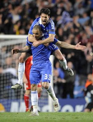 Chelsea v Liverpool: Ballack and Alex