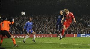 Chelsea v Liverpool: Dirk Kuyt