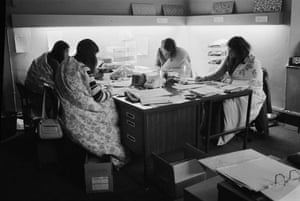 Three day week: Women wearing Slumberdown quilts to keep warm during the power cuts of 1974