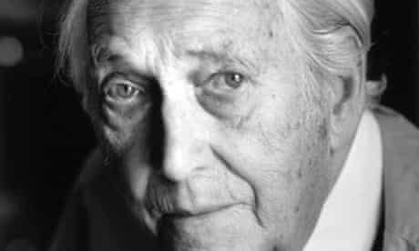 Sir Nicholas Henderson has died aged 89