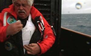 Paul Watson removes bullet