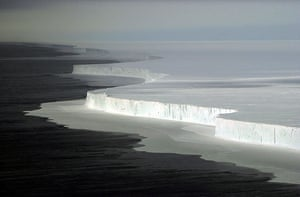 Glaciers under treat: B-15A iceberg in McMurdo Sound after it broke off  Antarctica