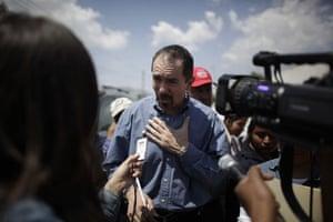 Swine flu La Gloria: Victor Calderon speaks to the press about a child who survived swine flu