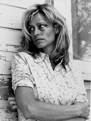 Farrah Fawcett: Farrah Fawcett in 'The Burning Bed' in 1984