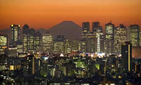 Night falls over Toyko's financial district