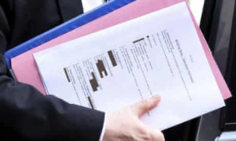 Bob Quick arriving at No 10 showing secret documents