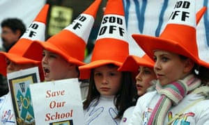 Children from Wyndford primary at Save our Schools protest