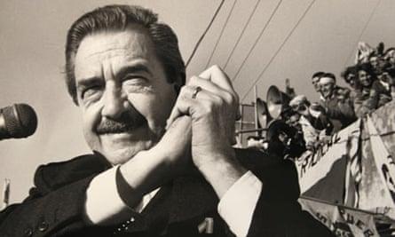 Raúl Alfonsínhas died aged 82