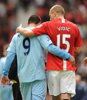 Man Utd v Man City: Nemanja Vidic and Valeri Bojinov
