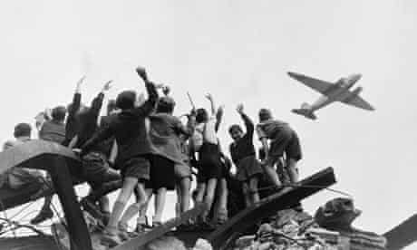 Berlin Children Cheering Airlift Plane