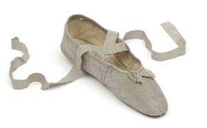 Madame Recamier: Chaussure provenant de Juliette Récamier,