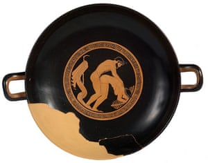 ancient erotica: Attic red-figure plate (Kylix) with erotic scene