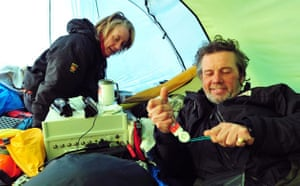 Catlin Arctic Survey: Ann Daniels and Pen Hadow in tent getting on withe daily life