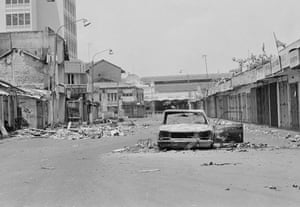 Tamil Tigers surrender: Black July riots against Tamils in Colombo, 1983
