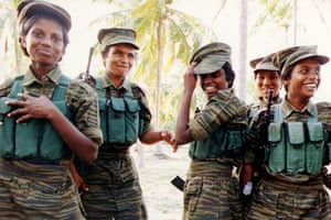Tamil Tigers surrender: Tamil Tiger female fighters in 1995