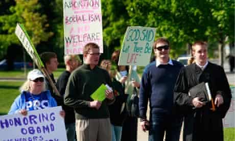 Barack Obama Notre Dame anti-abortion protest