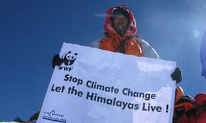 Apa Sherpa on the summit of Everest for the 19th time